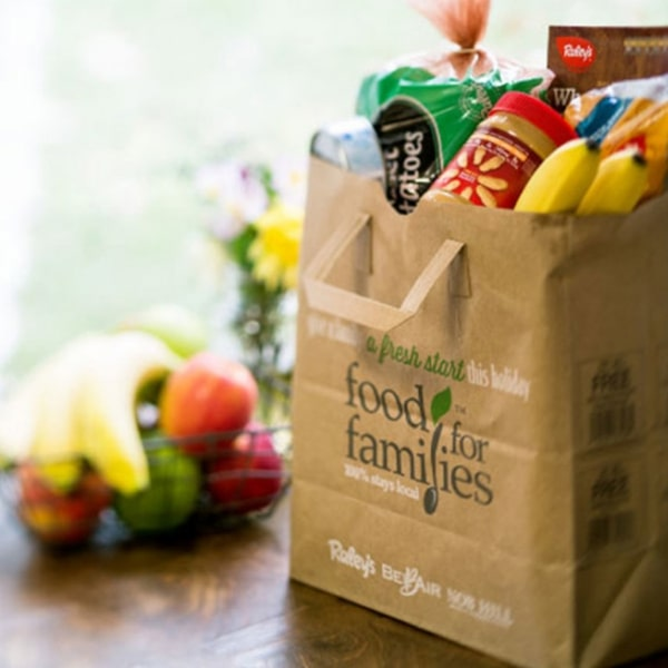 Ad for Nob Hill Foods' Food for Families fundraising campaign